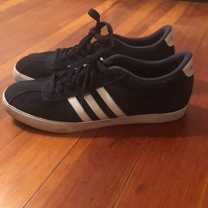 Woman's  Adidas sneakers